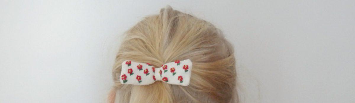 #12projektów w #12miesięcy 1. Haftowana kokardka do włosów
